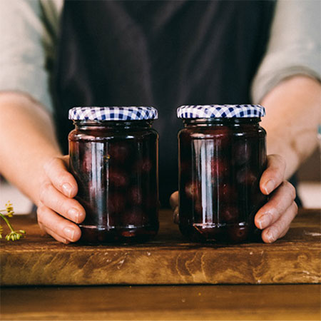 Winey Pickled Grapes
